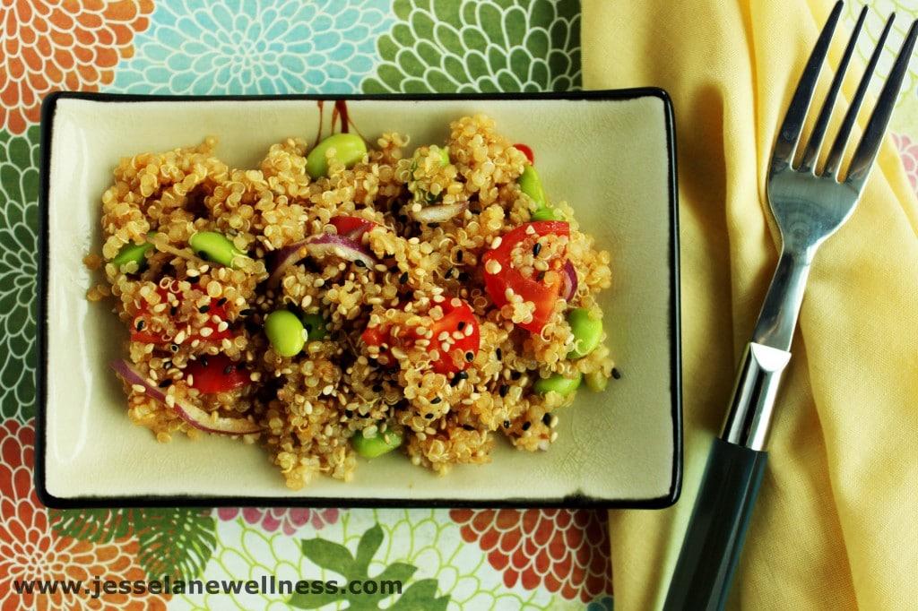 Asian Quinoa Salad by @JesseLWellness #quinoa