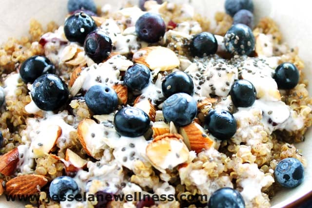 Breakfast Quinoa by @JesseLWellness #quinoa