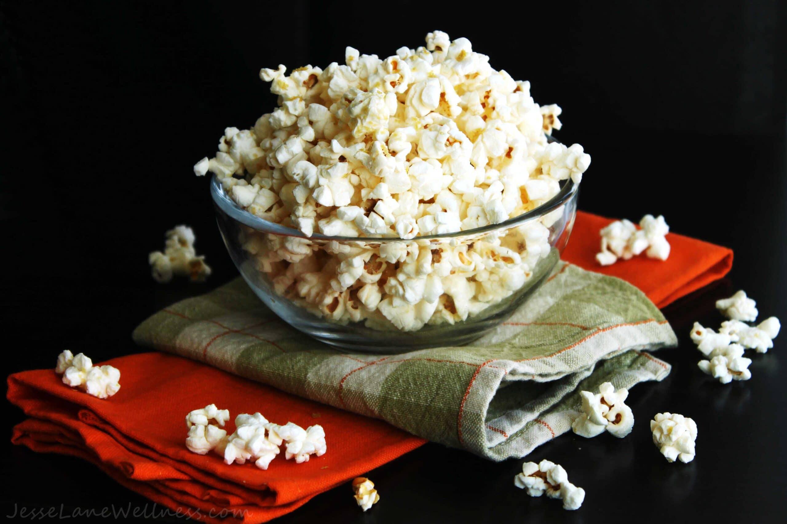 Cheesy Popcorn by @JesseLWellness #vegan #dairyfree