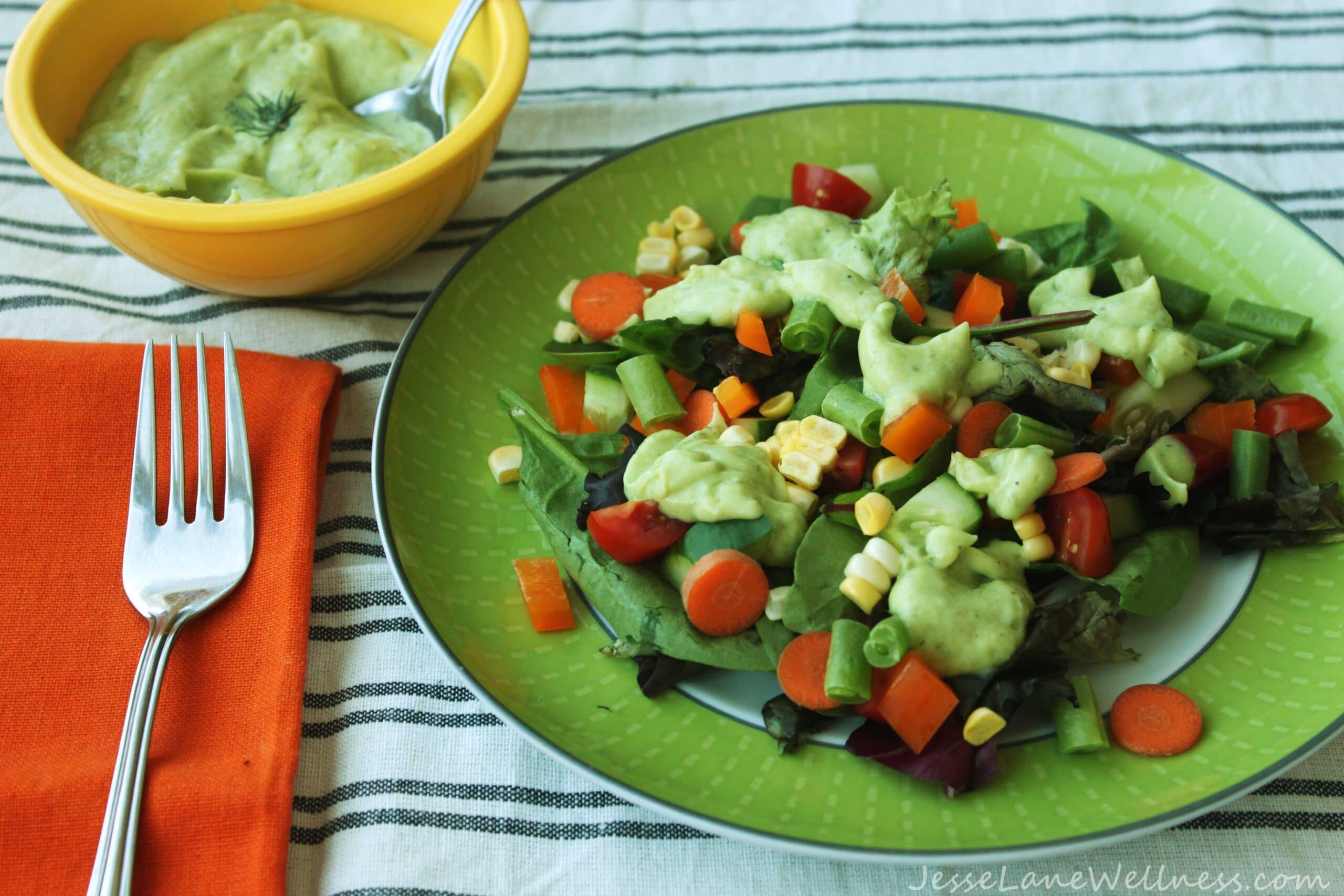 Farmer's Market Ranch Salad by @JesseLWellness #ranch