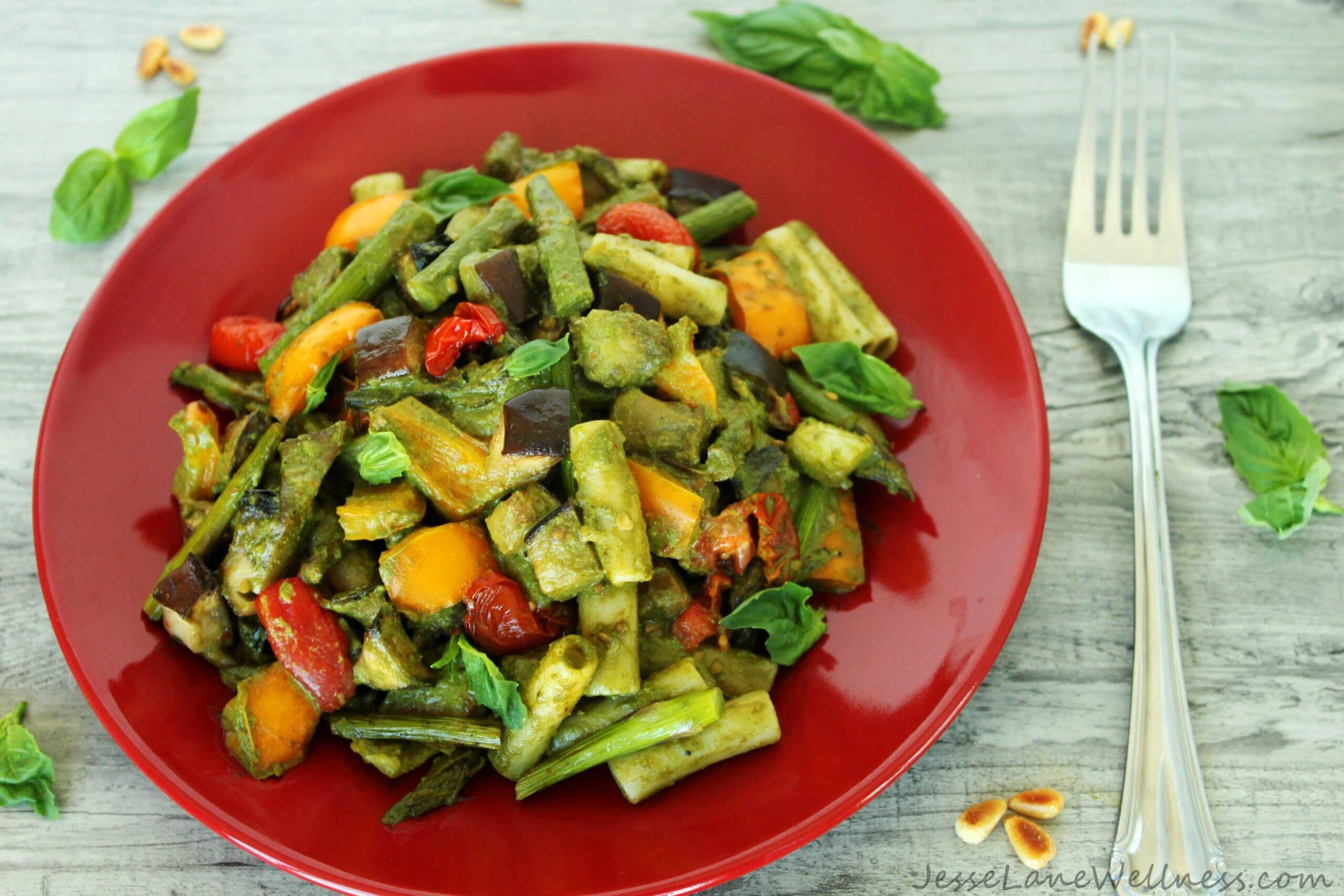 Pesto Primavera with Roasted Veggies @JesseLWellness #glutenfree #vegan #pesto