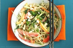 Raw Pad Thai by @JesseLWellness #raw
