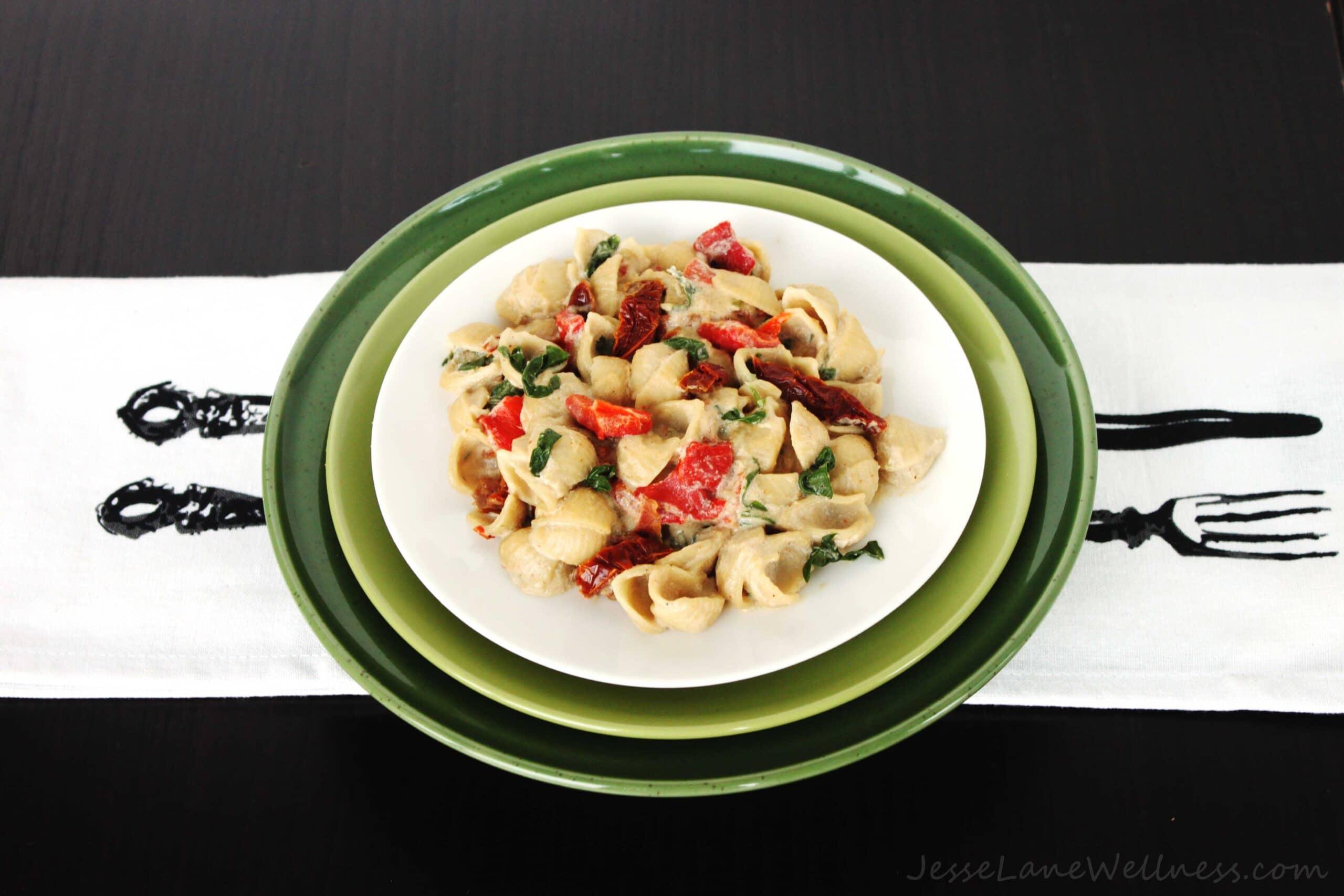 Vegan Alfredo Pasta by @JesseLWellness #vegan