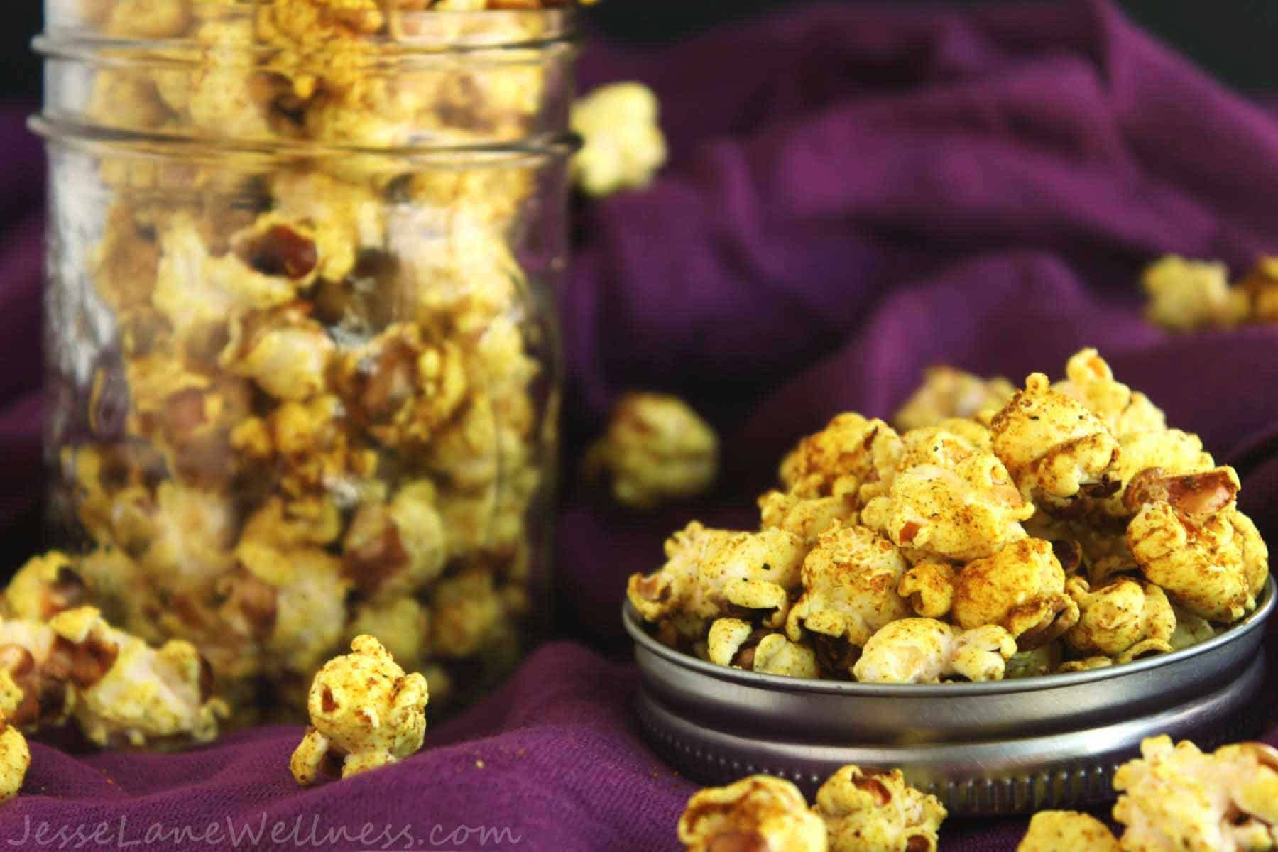 Coconut Curry Popcorn by @JesseLWellness #curry