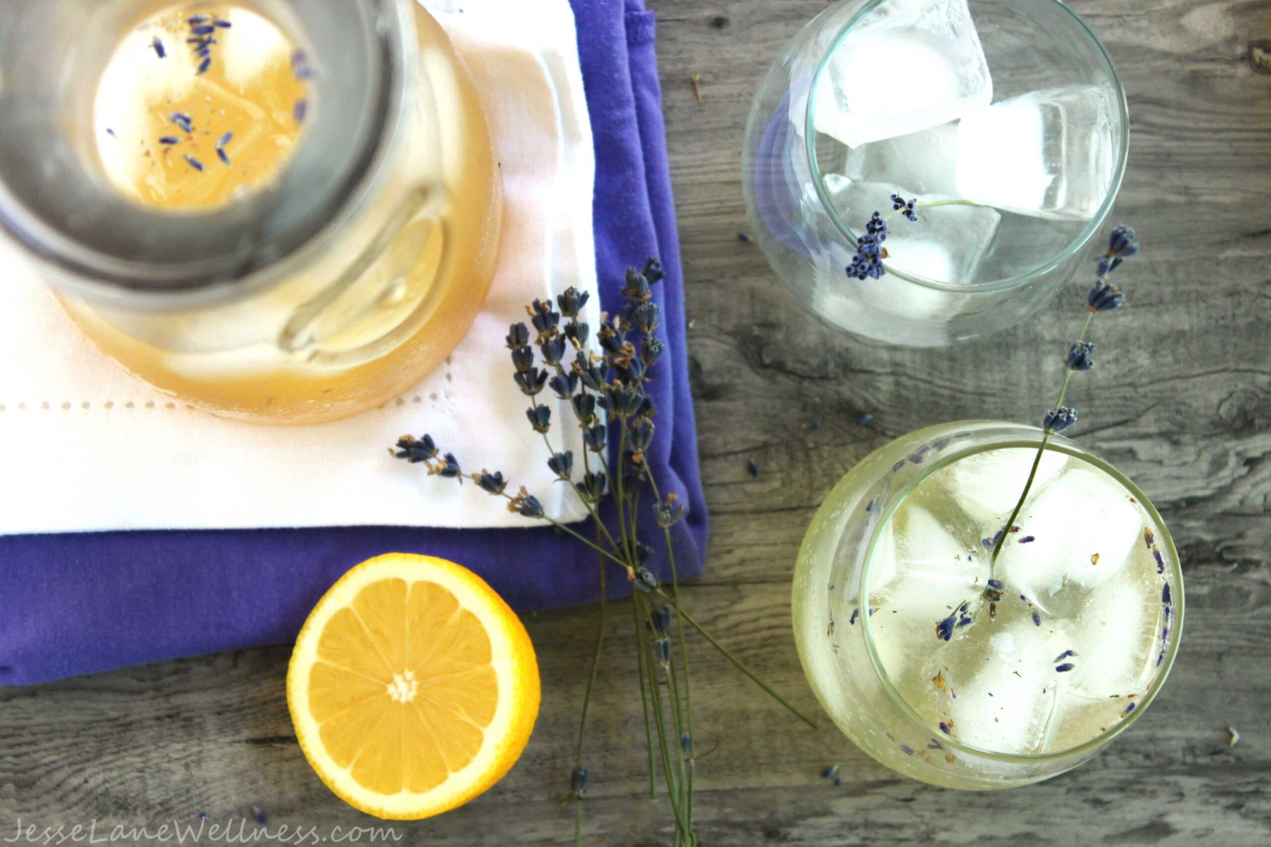 Lavender Lemonade by @JesseLWellness #drink#lavender