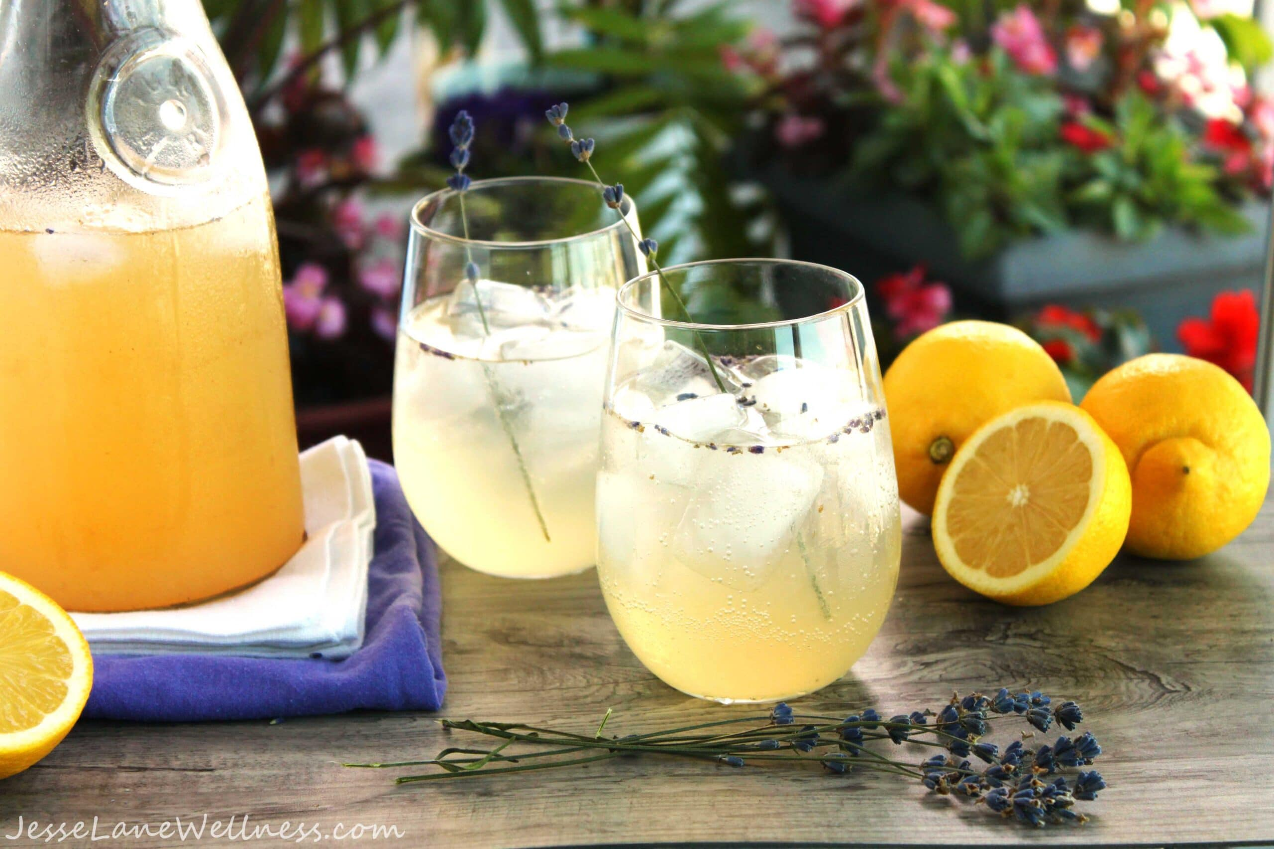 Lavender Lemonade by @JesseLWellness #sugarfree