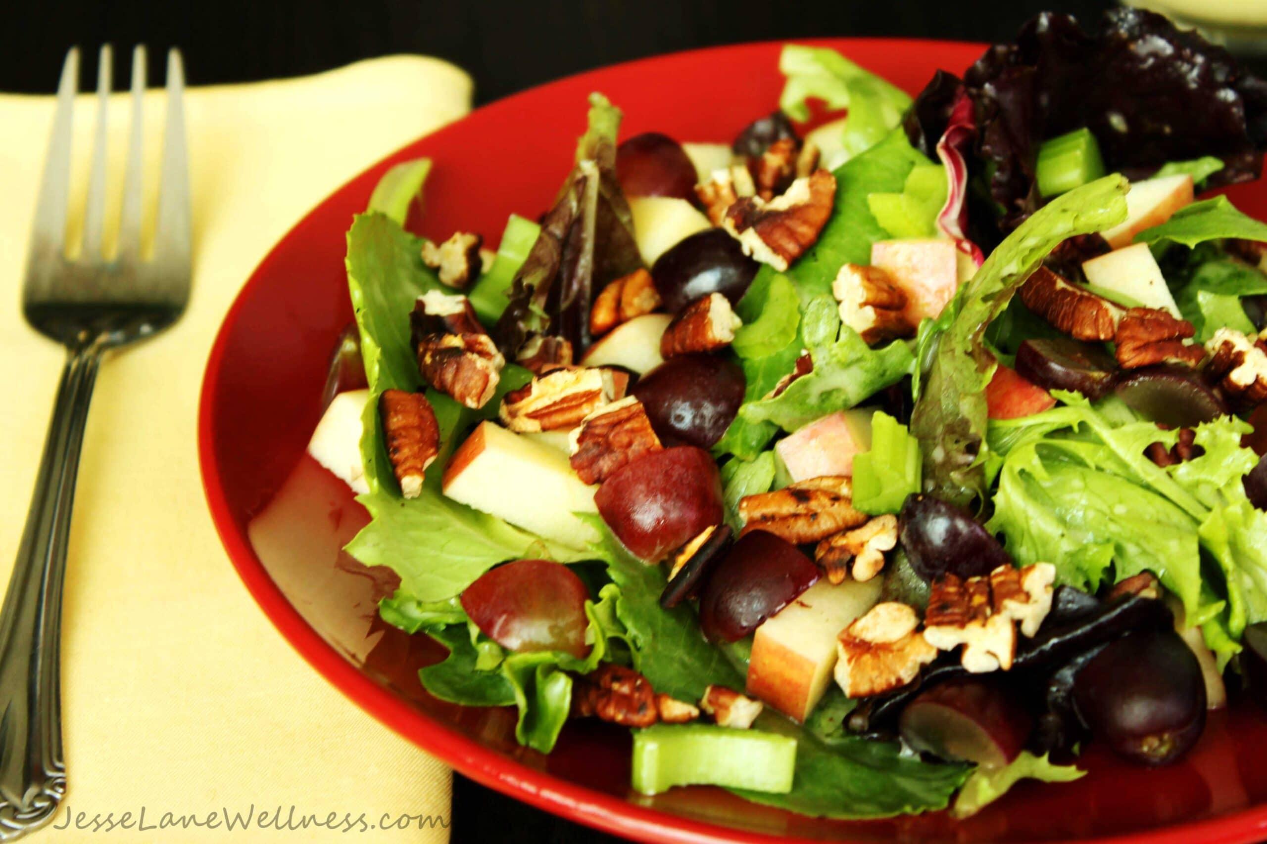 Leafy Waldorf Salad by @JesseLWellness #waldorf