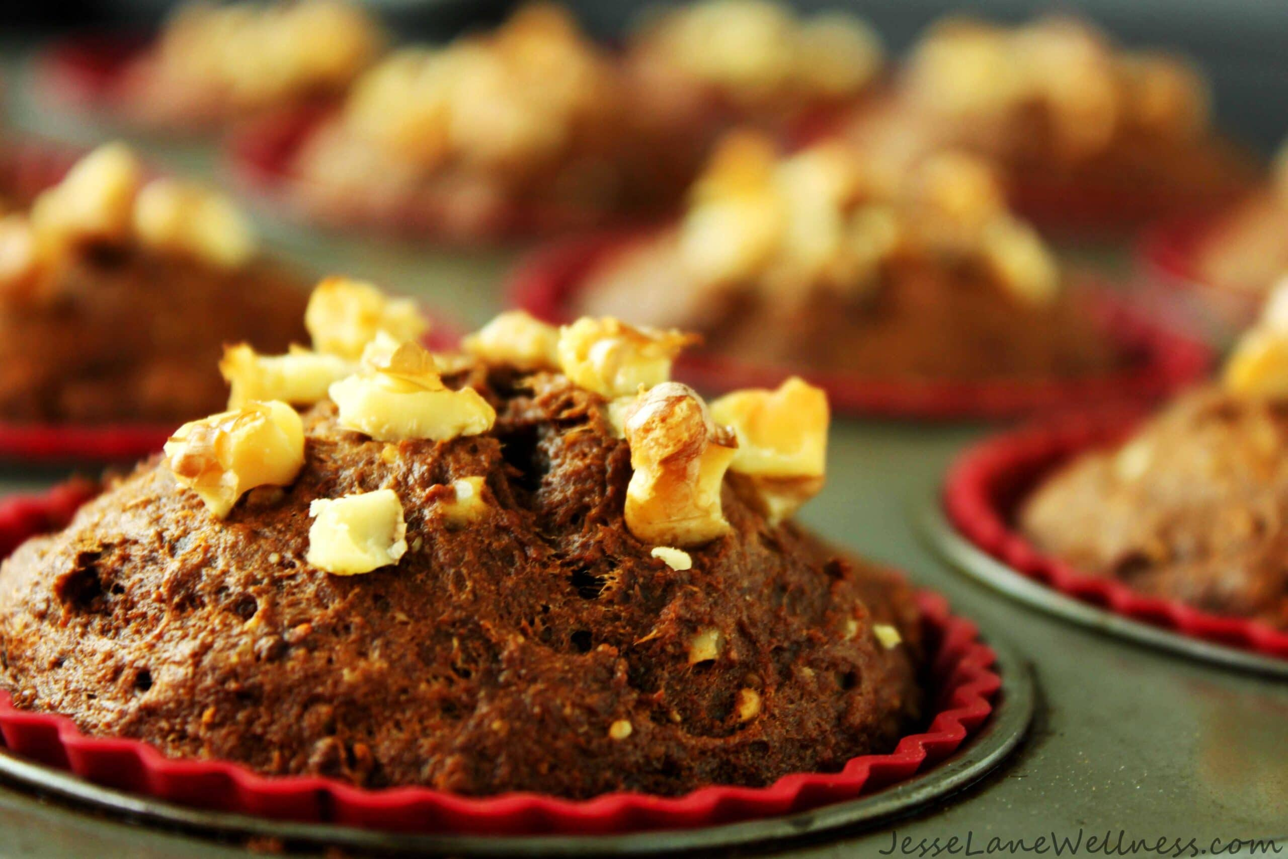 Vegan Carrot Molasses Muffins by @JesseLWellness #vegan #molasses