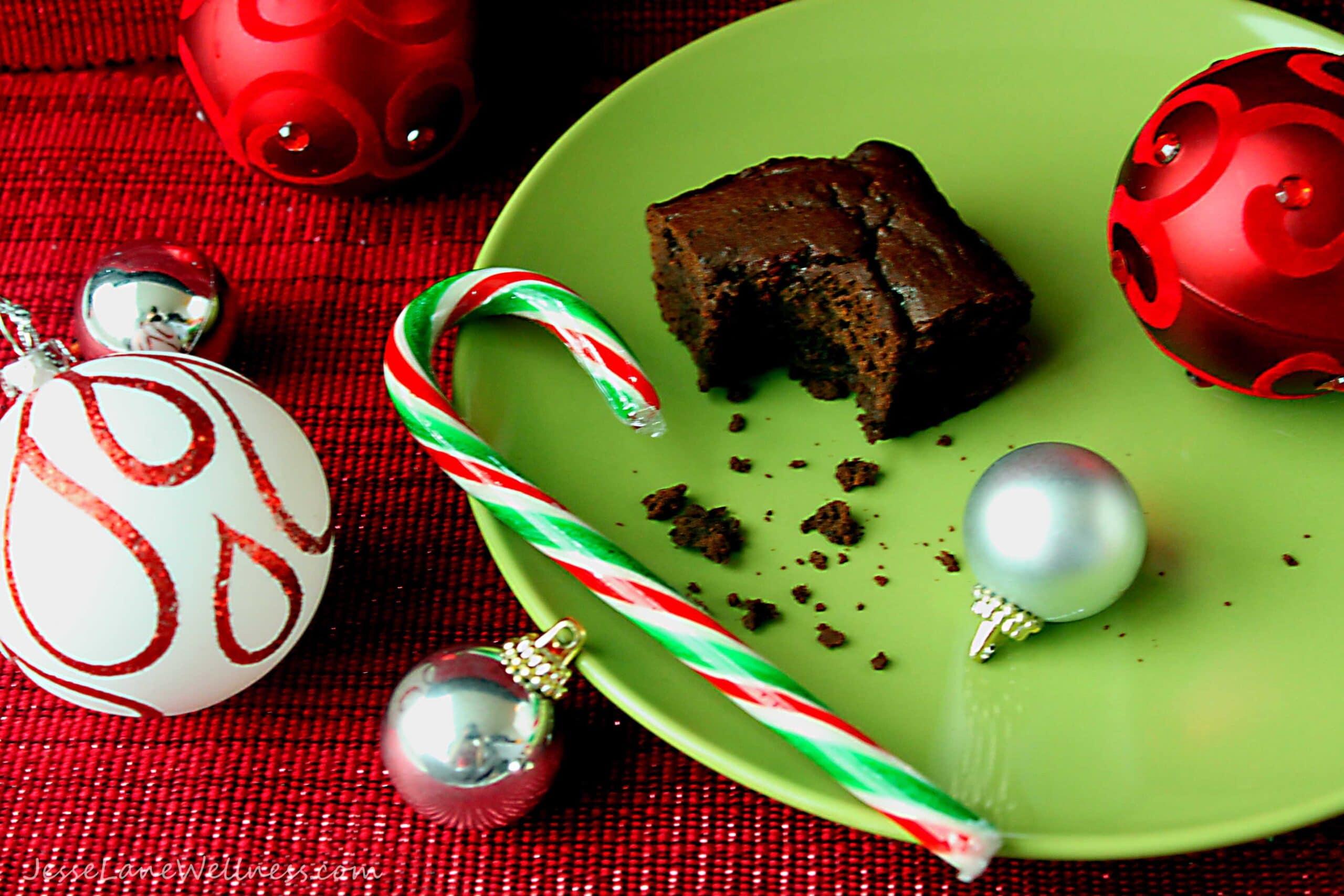 Black Bean Brownies by @JesseLaneWellness #glutenfree #spelt