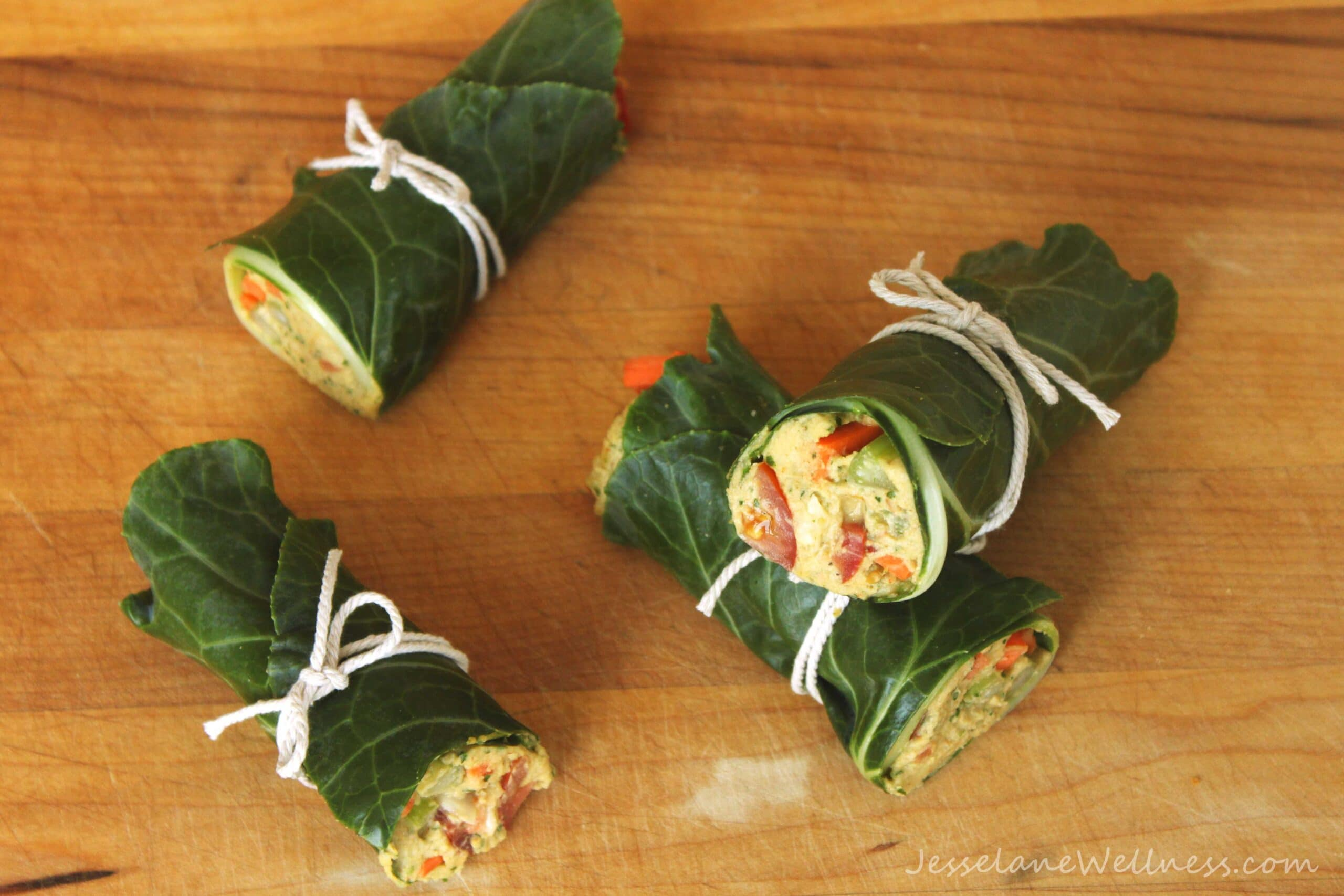 Falafel Hummus Collard Wraps by @jesselwellness #vegan #cleaneating