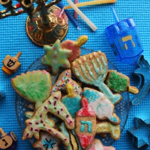Spelt Sugar Cookies by @JesseLWellness #sugarcookies #chanukah