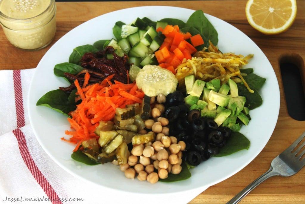 Rainbow Salad with Tahini Dressing by @jesselwellness #glutenfree #veggies