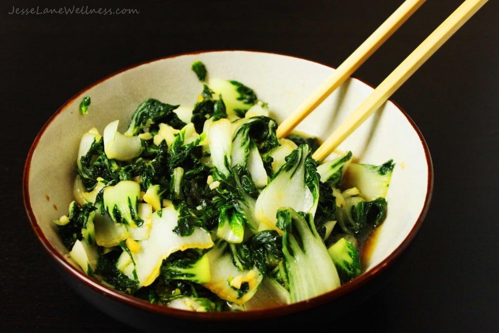 Garlic Bok Choy by @jesselwellness #vegetarian #garlic