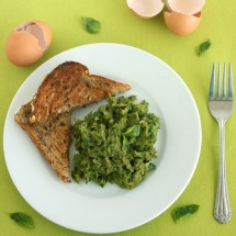 Healthy Scrambled Eggs by Jesse Lane Wellness
