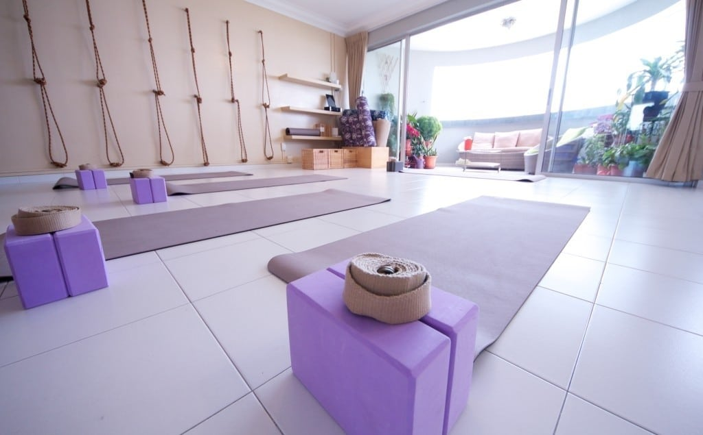 Why Everyone Should Be Meditating In the Morning on @jesselwellness #morning
