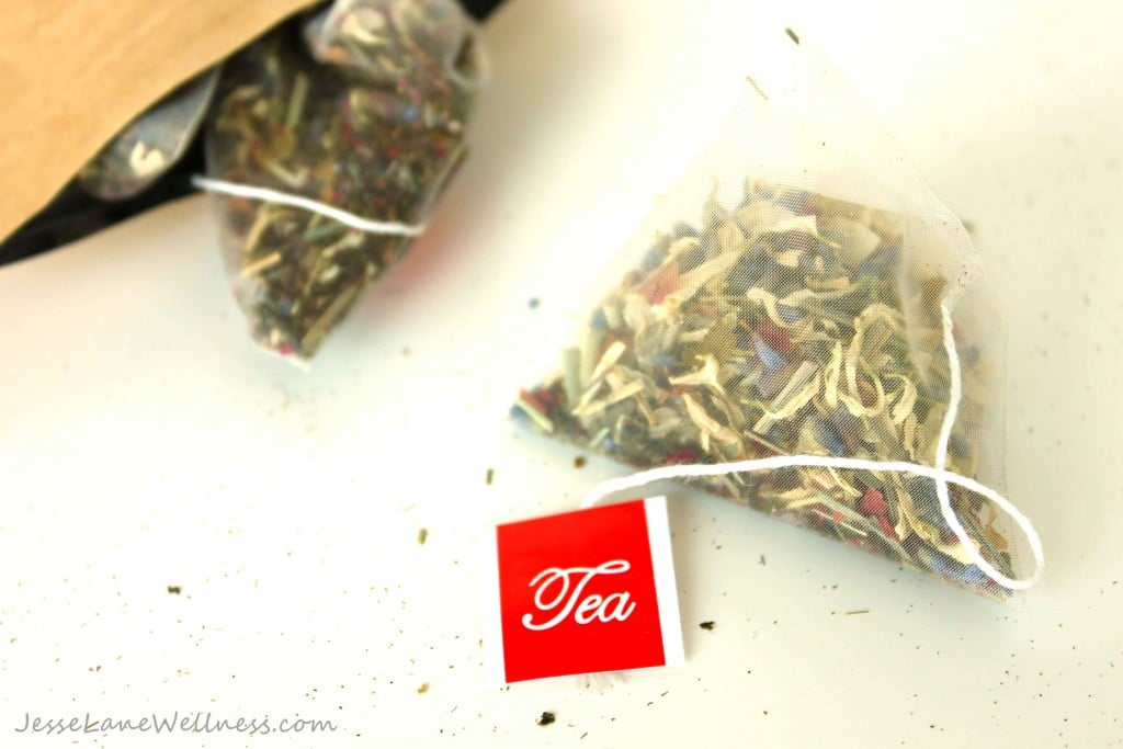 Stay Lean Tea Review and Giveaway with @jesselwellness #teatox #review