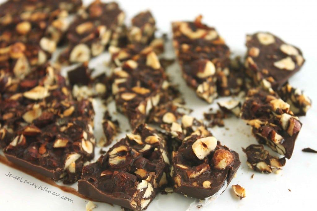Carob Hazelnut Bark by @jesselwellness #carob #dessert