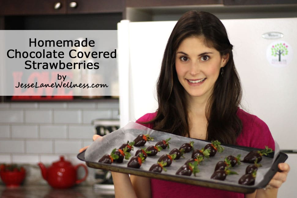 Homemade Chocolate Covered Strawberries by @jesselwellness #video #chocolate #vegan