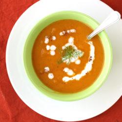 Chai Sweet Potato Soup by @jesselwellness #chai #homemadesoup