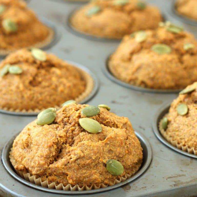 Pumpkin Spice Muffins by @jesselwellness #pumpkinmuffins #breakfast