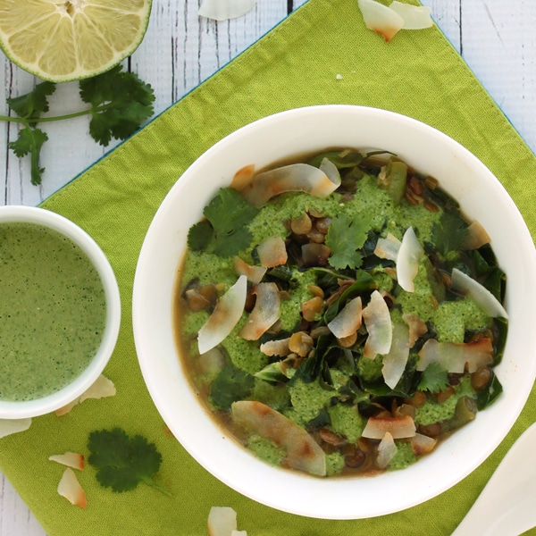 Thai Green Soup by @jesselwellness #detoxsoup #jlwcookbook