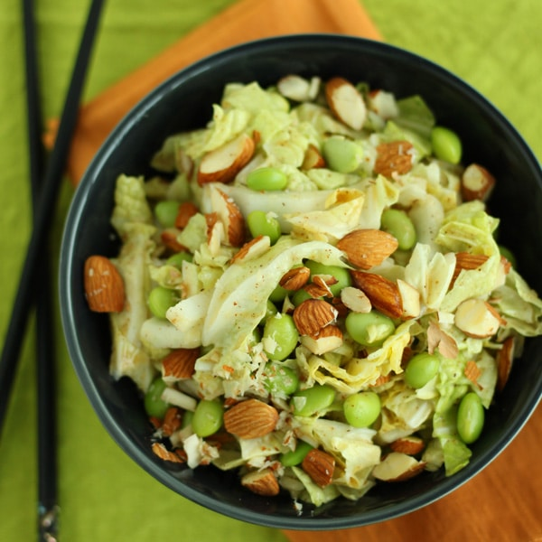 Asian Napa Cabbage Slaw by @jesselwellness #asian #healthysalad #saladtime