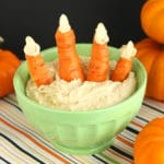 Halloween Carrot Fingers by @jesselwellness #carrots #healthyhalloween