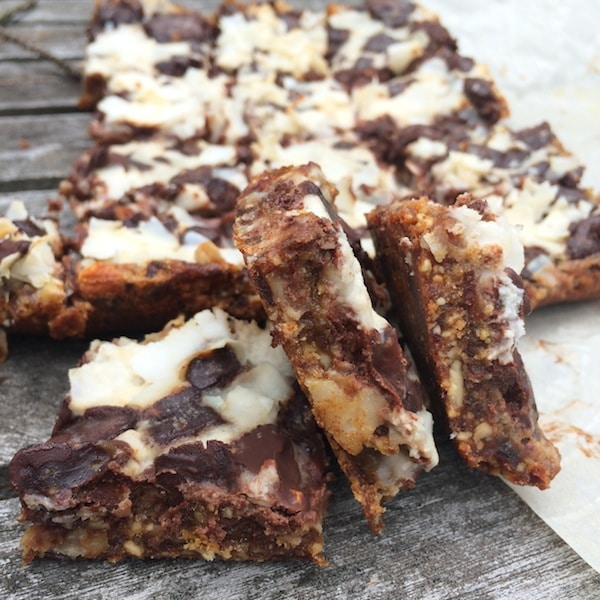 Healthy Magic Squares on @jesselwellness #healthydessert #dairyfreedessert