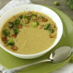 Vegan Broccoli Cheddar Soup by @jesselwellness #homemadesoup