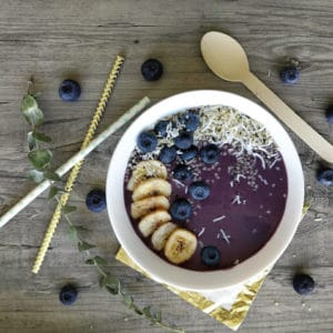 How to build a Smoothie Bowl with @jesselwellness #smoothiebowl