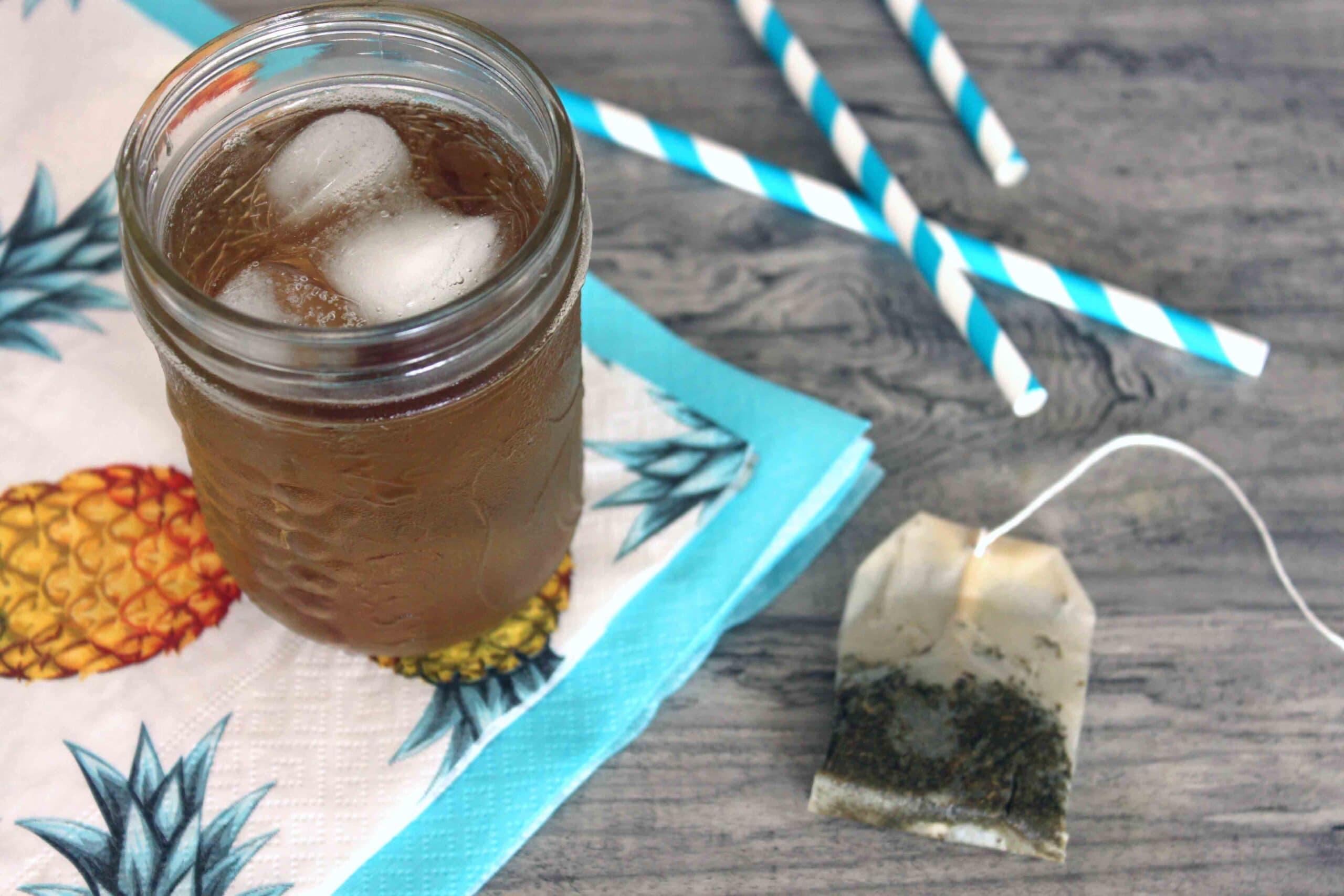 Cold Brew Iced Tea by @jesselwellness #icedtea