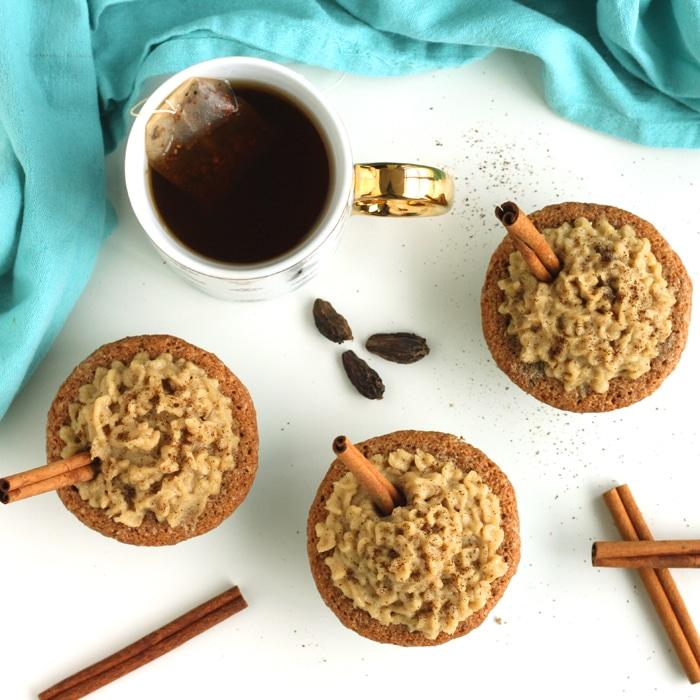 Dairy Free Chai Spice Cupcakes by @jesselwellness #speltcupcakes #speltflour square