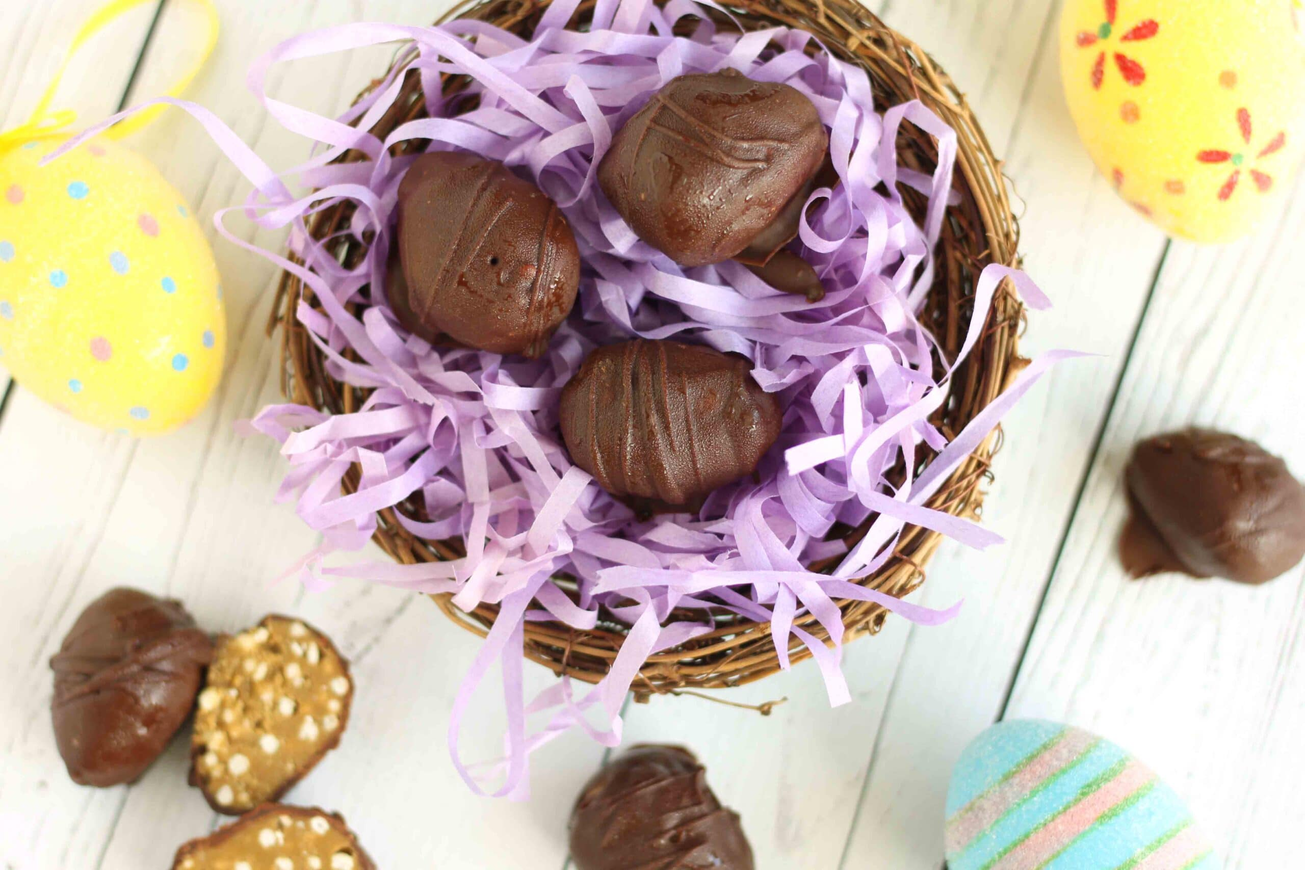 Chocolate Sunflower Butter Eggs by @jesselwellness #easter