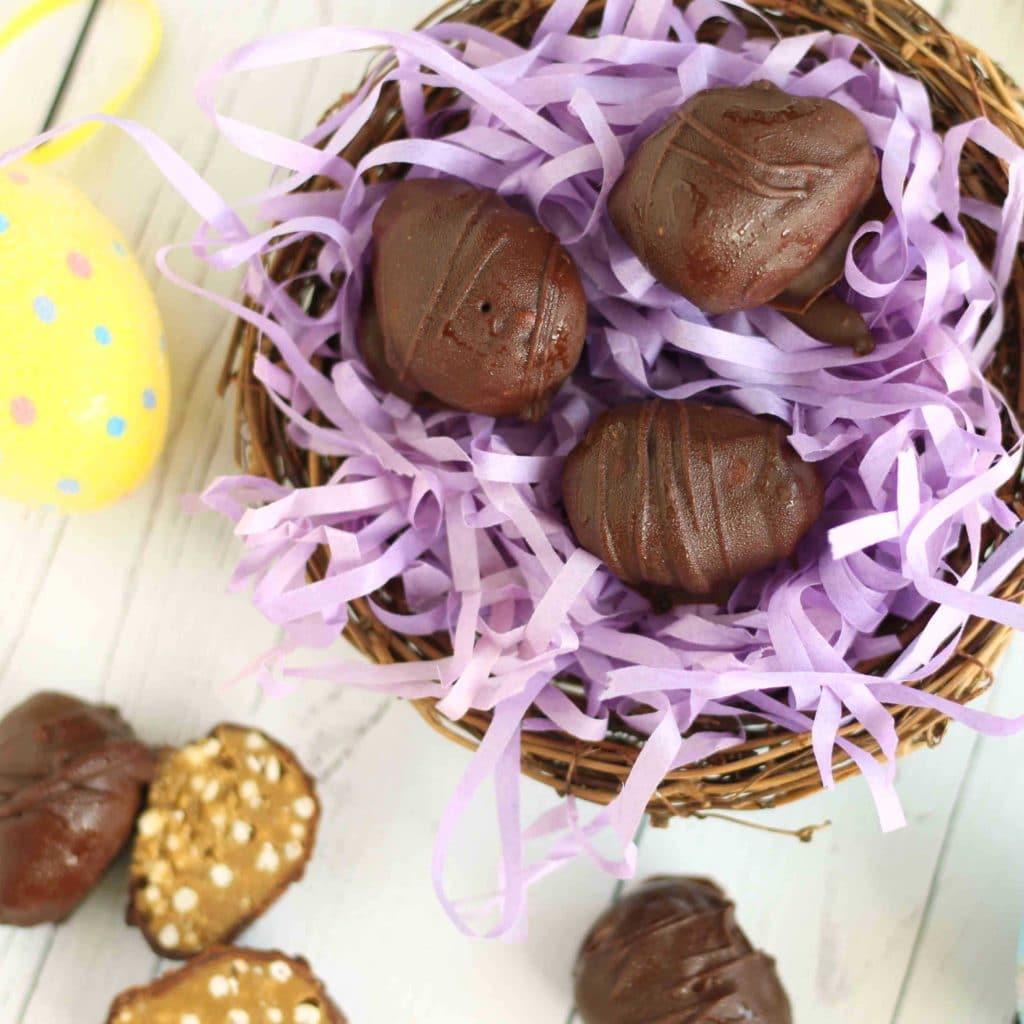 Chocolate Sunflower Butter Eggs by @jesselwellness #eastertreat