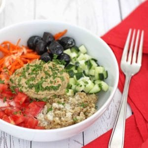 Baba Ganoush Quinoa Bowl by @jesselwellness #babaganoush