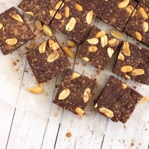 Peanut Butter Brownies for labour by @jesselwellness #laboranddelivery