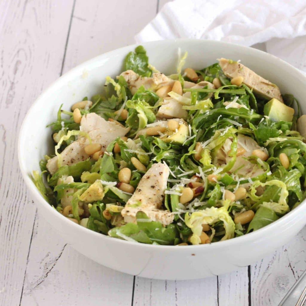 Rocket Chicken Brussels Sprout Salad by @jesselwellness #rocketchickensalad
