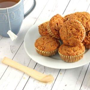 Anti-inflammatory Carrot Muffins by @jesselwellness